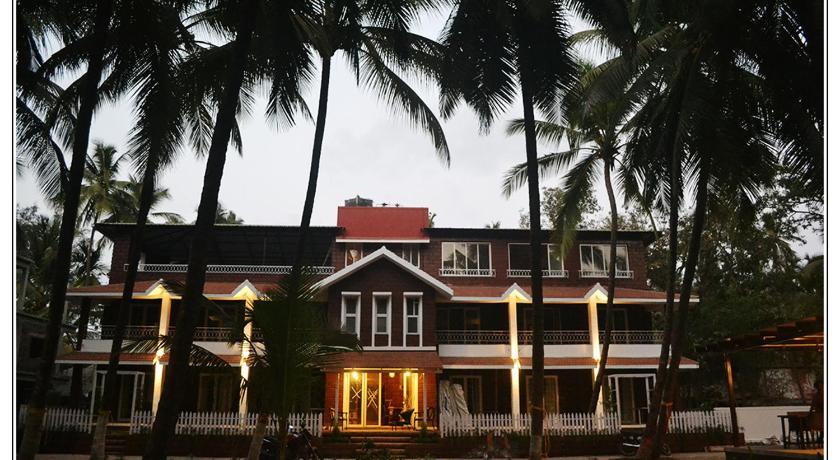 Hotel-West-Coast-